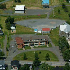 École et église de St-Félix - vue aérienne
